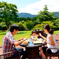【国産牛の溶岩焼】富士山の溶岩で、お肉をふっくらジューシーに♪
