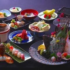 【広いお部屋で最高の料理プラン】板長渾身の料理「巡(めぐり)」を新館お部屋食にて愉しむ