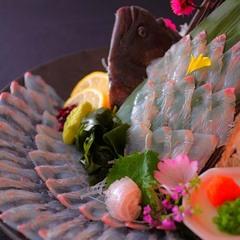 【広いお部屋で最高の料理プラン】板長渾身の料理「巡めぐり」をお部屋食にて愉しむ
