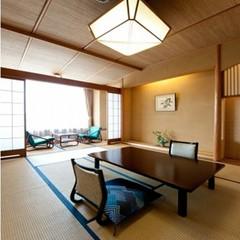 【西館和室10帖】部屋から富士山が見える和室