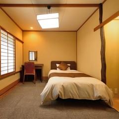 【東館 シングルルーム】セミダブルベッドのお部屋