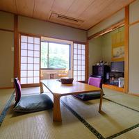 和室8畳〜12畳(トイレ付き)