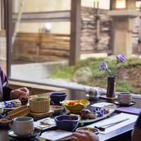 『プレミアムプラン』尾﨑牛サーロインステーキorしゃぶしゃぶコース〜夕朝食は個室料亭でゆったりと