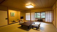 ◆中庭に面したお部屋◆和室12帖 2階【バストイレ付】