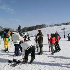 【シニア限定割引★2日リフト券付】戸隠スキー場・車で約10分★1泊2食プラン