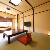 和室8畳〜バス・トイレ付き〜wifi無料