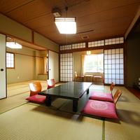 【和室8畳+6畳】和室2間(バストイレ付)〜/嬉野川沿い〜