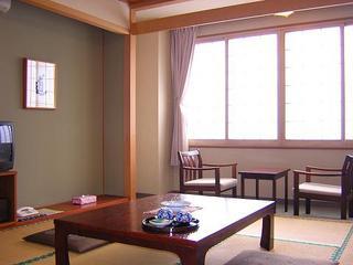 北海道小樽市色内1-8-12 越中屋旅館 -02