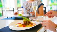 """【洋食コース】旨みをたっぷり詰め込んだ「琉球ディナー」で""""南国の味""""を堪能♪【2食付きプラン】"""