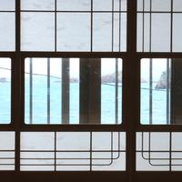 【朝食付】白い砂浜×エメラルドグリーン海岸まで徒歩1分!天然温泉でポカポカ湯ったり♪