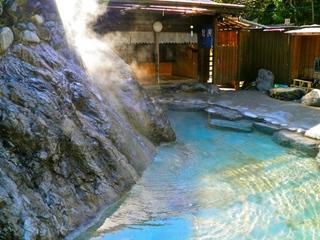 【大きな外湯に入りたい!徒歩でも行ける八方温泉外湯チケット付き宿泊プラン