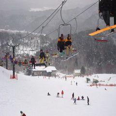 【すべっ得】超お得!びっくり!一日リフト券付き!スキー&スノボプラン 【里山会席】