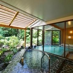 【家族同室】温泉掛け流し大浴場とコテージで寛ぐ〜お手軽朝食付きプラン♪