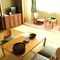 和室8畳(喫煙・3〜4名利用)