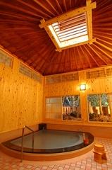 リーズナブルで人気です┃箱根温泉で季節の会席「雅」をお食事処で【霞和室10畳】