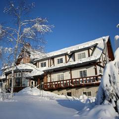 【リフト割引券付き】ドライパウダースノーでスキー・スノボを満喫![1泊2食・ワンドリンク特典]