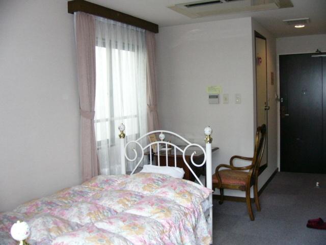 Hotel Sumireh And Sumireh House