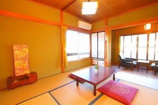 和室6畳〜8畳★お食事は部屋食★