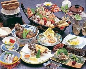 ■サザエの釜飯・新鮮船盛付き