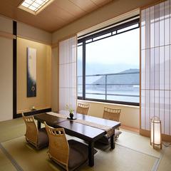 """【たまゆら】""""上層階指定""""河口湖を望む和室12畳"""