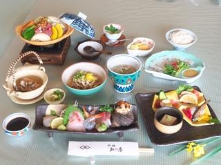 【冬の懐石】内子豚を使ったオリジナル懐石料理を愉しむ 「食事部屋出」和室のみ