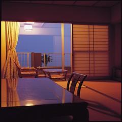 潮の薫りほのか海一望テラス付 和室10畳or8畳バス・トイレ