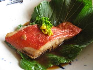【季節限定】刺身・煮付け・陶板焼き。色々な金目鯛を楽しむ『金目御膳』!お一人様でもOK!
