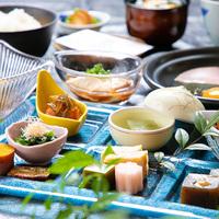 """◆【平日限定】""""旅館の朝ごはん""""で一日をスタート!『朝食付き』プラン"""