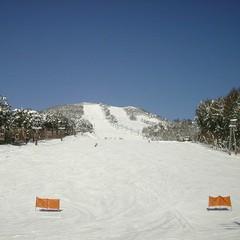 【素泊まり】天然温泉100%☆よませ温泉スキー場ゲレンデ30m☆リフト割引券付きプラン♪