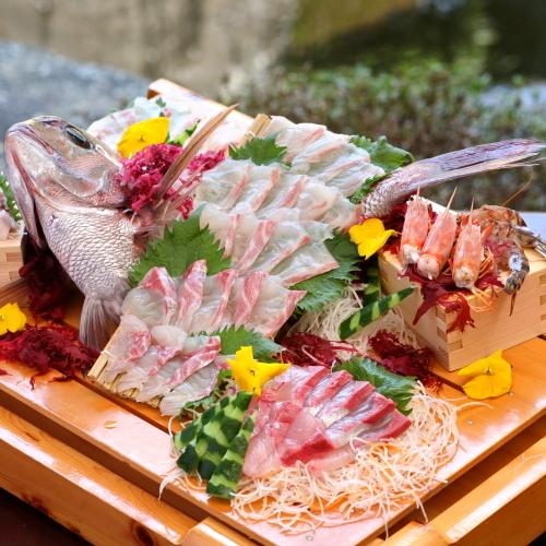 鯛の刺し盛りでお祝い!1泊2食露天風呂付客室で過ごす 熊本の天草の新鮮な鯛付会席プラン♪