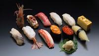 【1泊2食付きプラン】夕食は「鮨処 西鶴」の握り寿司「特上」がセットに♪