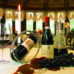 【美食とワインのマリアージュ】シェフおまかせ料理にワインを添えて!