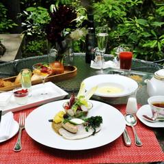 【朝・寝・坊】 とっておきの休日,朝食の時間を気にせず朝寝坊!