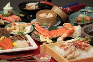 ご夕食はタラバ・毛がに・ずわいがにの三大蟹コース・2食付きプラン(H29/12客室リニューアル)