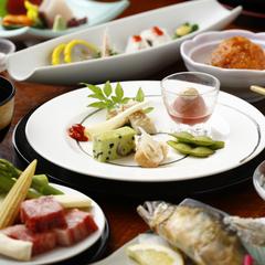 【特日限定】蘇山郷で過ごす寛ぎの「休日」プラン/個室食(事前カード決済)