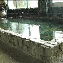 【朝食付】アジの干物などの和定食付!露天風呂&源泉掛け流し100%の温泉で癒されよう!