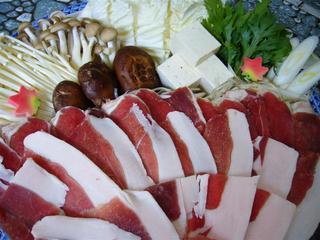 【里山の恵みプラン  猪料理付  ひと味ちがう帝釈ブランド猪肉です。