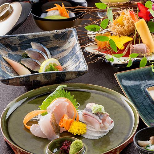 〜人気〜【華仙会席】味わい『長崎県産牛』と『女将セレクト旬彩小鍋』グルメに贈る、食の出逢い