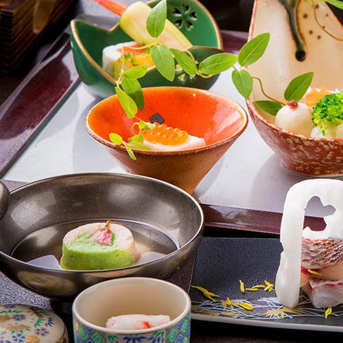 〜極み〜【雅仙会席】 美味に、幸せを添えて。『アワビ×県産牛』華やか、絢爛を魅せる