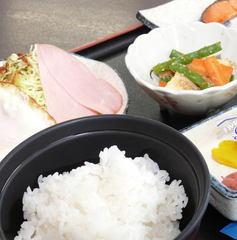 【シングル朝付】和洋選べるしっかり朝ごはん♪お魚&小鉢は日替わり!あきたこまち&檜山納豆がオススメ!