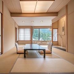 【華野館】明るく眺望の良い基本和室10畳<2階〜3階>