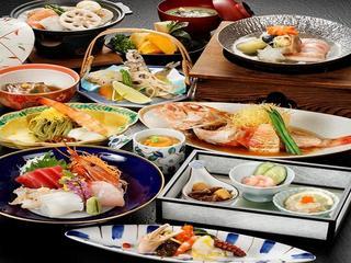【さき楽】30日前までのご予約がお得!<500円割引&特典付>湯量豊富な美肌の湯、自慢の料理を堪能★
