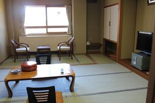 和室A(8〜16畳)トイレ付