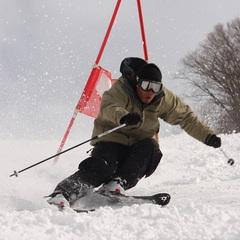 【お先でスノ。】【現金特価】★冬のエコプラン 素泊り+スキーリフト券付!
