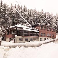 【素泊まり】岩原スキー場まで車で<1分>当日正午までのご予約OK!