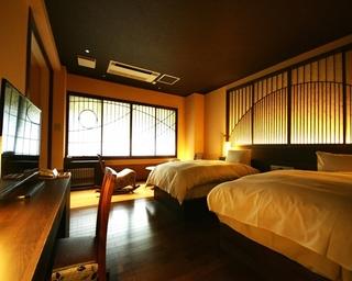 別館(10畳和室+10畳ベットルーム) 檜風呂・トイレ付