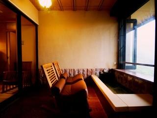特別室(和室+寝室+足湯ルーム)檜風呂・ トイレ付