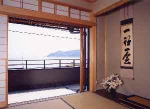和室10畳+10畳(バス・トイレなし)