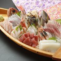 【夏休み!うれしい特典付!】海水浴場近く♪新鮮地魚舟盛りで選べる!海鮮丼or手巻き寿司[1泊2食付]