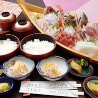 【リーズナブルに1泊2食付♪】新鮮地魚舟盛りで海鮮丼!プラン★特典あり★家族、学生旅行